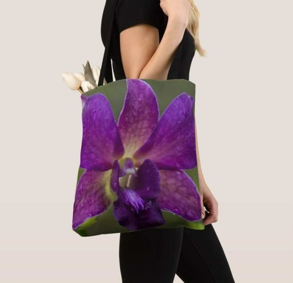 Lovely Tote for Special Shopping