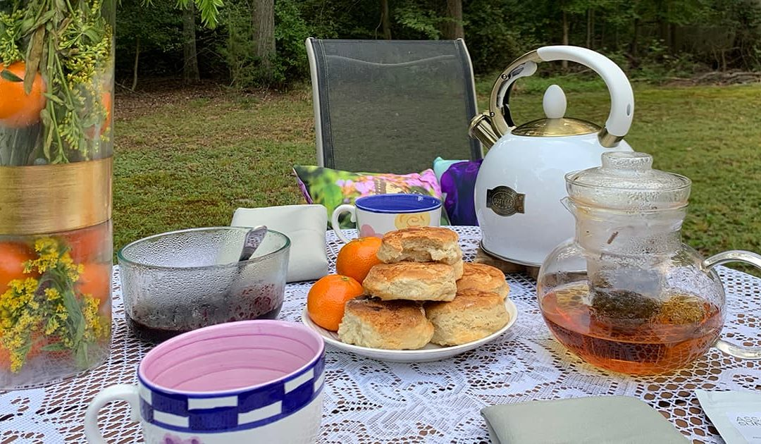 Tea setting for Tea with Evening Shire - biscuits, teapot, tea cups